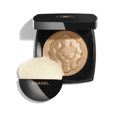 EXCLUSIVE CREATION. FACE HIGHLIGHTING POWDER