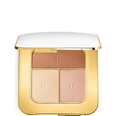 Soleil Contouring Compact In Bask, ${color}