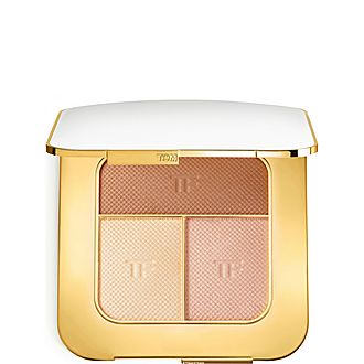 Soleil Contouring Compact In Bask