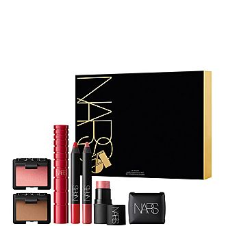VIP Room Nars Essentials Set