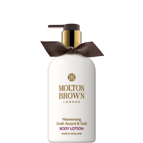 Mesmerising Oudh Accord & Gold Body Lotion 300ml, ${color}