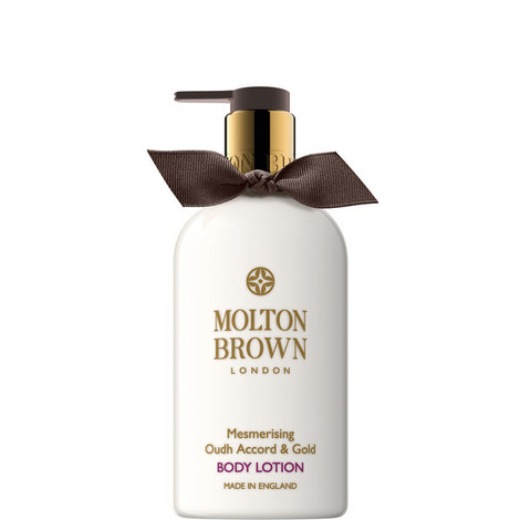 Mesmerising Oudh Accord & Gold Body Lotion Christmas Edition 300ml, ${color}
