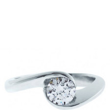 Dita Solitaire Ring