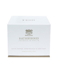 White Pepper, Honeysuckle and Vertivert Classic Candle