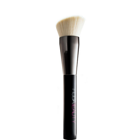 Face Buff & Blend Brush, ${color}