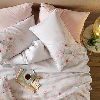 Chelsea Housewife Pillowcase