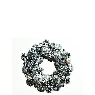 Pinecone Wreath With Berries