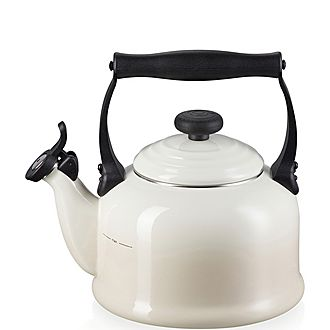Traditional Kettle with Fixed Whistle 2.1L Meringue