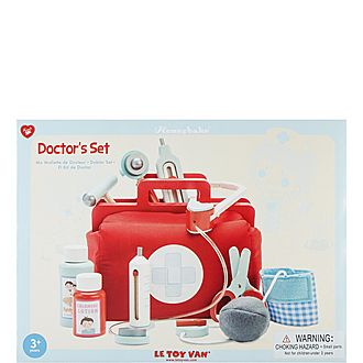 Wooden Doctors Play Set