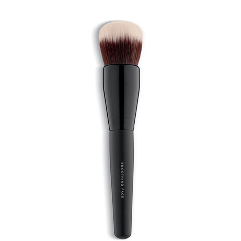 Smoothing Face Brush, ${color}