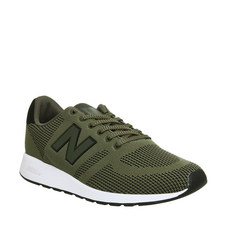 420 Engineered Knit Trainers