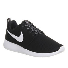 Roshe One Trainers