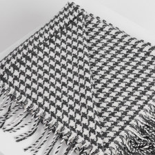 Classic Houndstooth Double Twill Throw