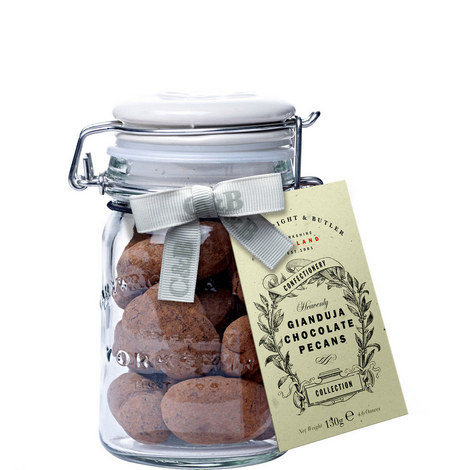 Gianduja Chocolate Pecans 130g, ${color}