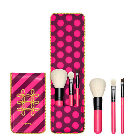 Nutcracker Sweet Essential Brush Kit, ${color}