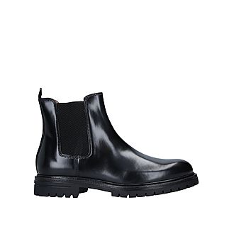 Cade Chelsea Boots