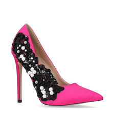 Bounty Embellished Courts