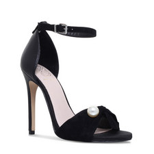 Hermione Bow Pearl Sandals