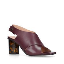 Stride Sandals 70