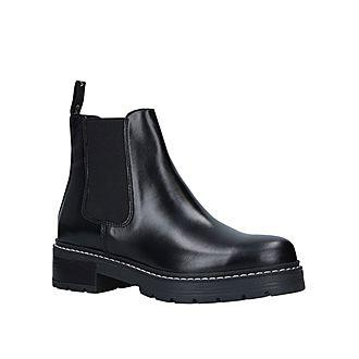 Taken Boots