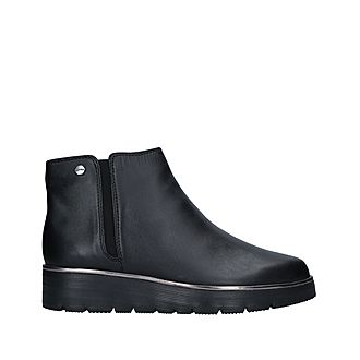 Reginal Ankle Boots