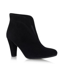 Rida Elastic Vamp Boots