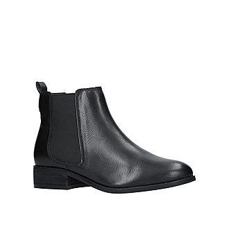 Storm Boots