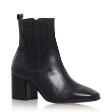 Schubert Heeled Chelsea Boots