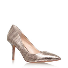 Metallic Pointed Courts