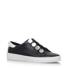 Willie Flat Stud Trainers