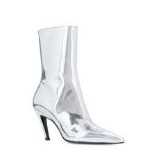 Slash Heeled Boots