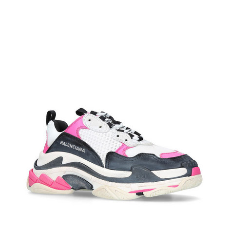 954aa9d1af03 Triple S Trainers