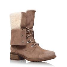 Gradin Sheepskin Boots