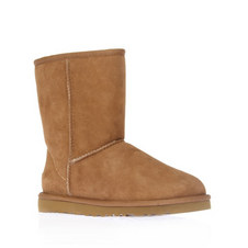 Short Flat Boots