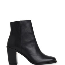 Belvoir Heeled Boots