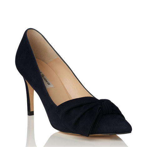 Caitlyn Bow Courts, ${color}