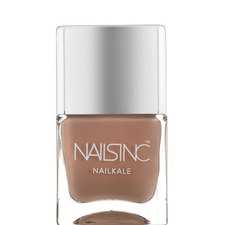 Montpellier Walk Nailkale Polish